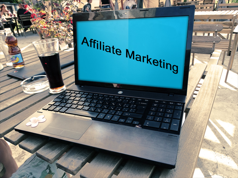 affiliate-marketing-computer
